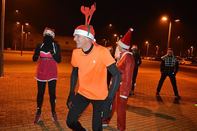 Za njih nema zime ni minusa, ekipa iz Škole trčanja na Božićnom treningu
