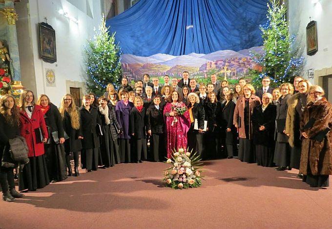 Prepuna crkva-prepuno srce, Božićni koncert Davoraša