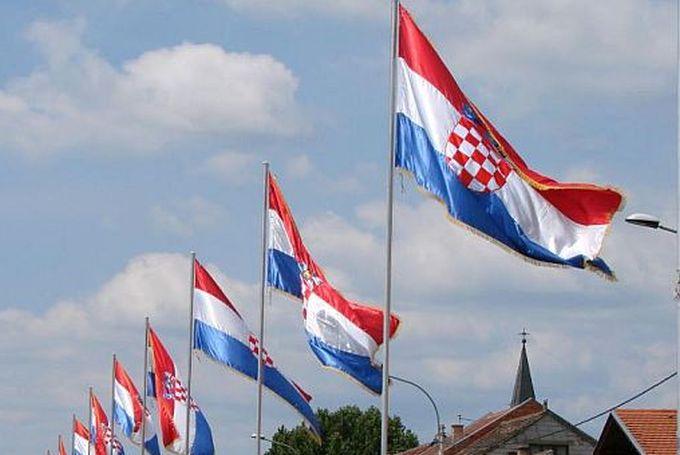 Na dan priznanja Hrvatske podsjetimo se što se događalo prije 25 godina