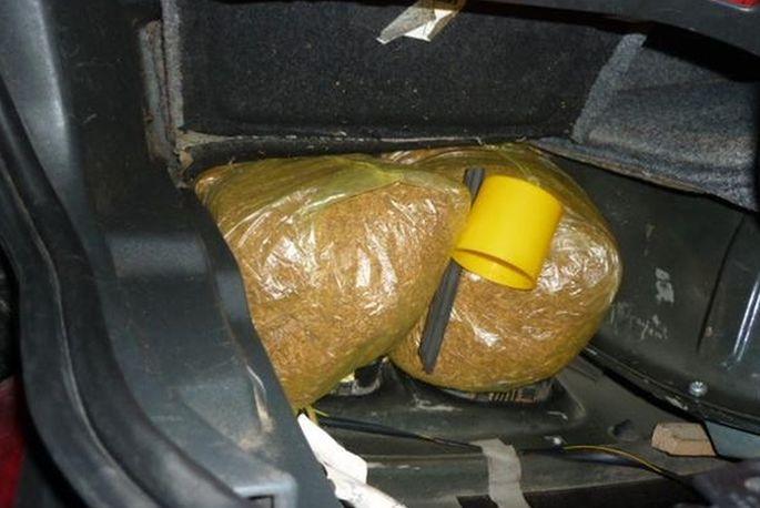 U kombiju kod 31- godišnjaka pronađeno 300 kilograma duhana