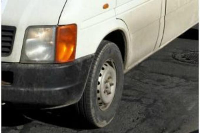 Sve dojave o bijelom kombiju iz kojeg se na ulici poziva i pokušava oteti djecu policija provjerava