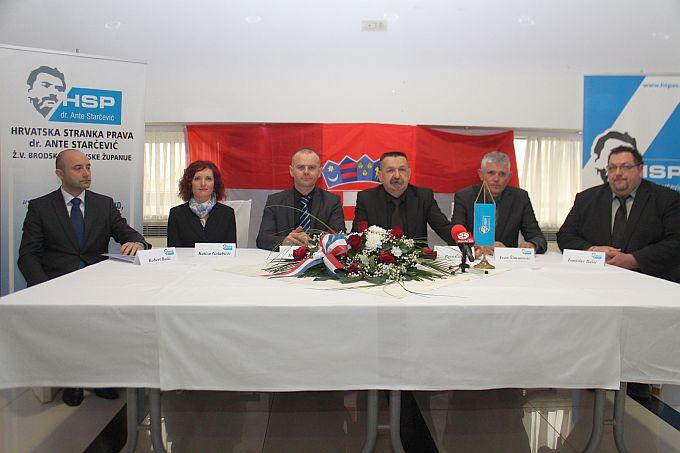 Pravaši HSP AS danas okupljeni u Slavonskom Brodu, Katica Golubićić kandidatkinja je za gradonačelnicu