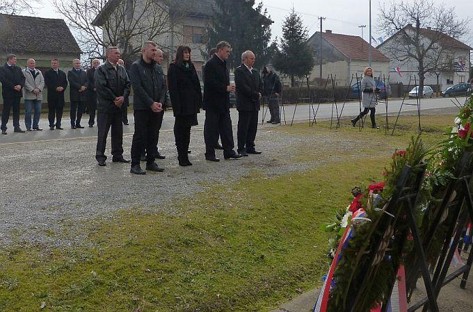 HSS-ovci reagiraju: I opet jučer u Sibinju nitko nije spomenuo da su pogubljeni seljaci bili članovi HSS-a