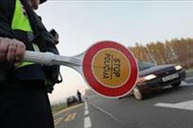 Kraj Slavonskog Broda u automobilu pronađeni Kinezi koji su nezakonito ušli u Hrvatsku