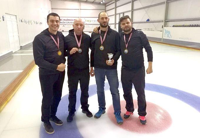 Najveći uspjeh slavonskobrodskog curlinga i brončana medalja na 12. Prvenstvu Hrvatske