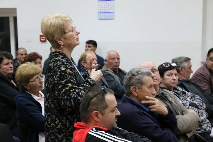 Dvorane mjesnih domova Brodskog Varoš i Budainke ispunjene do posljednjeg mjesta, građani zadovoljni dobivenim odgovorima