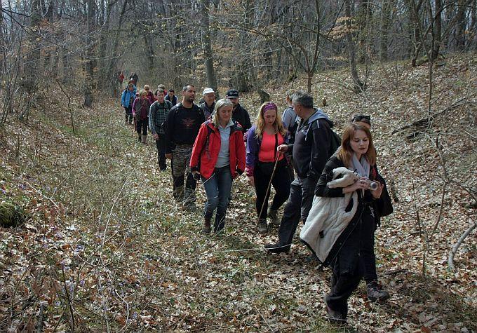 Ususret proljeću, veselo društvo planinara i dan proveden na izletu