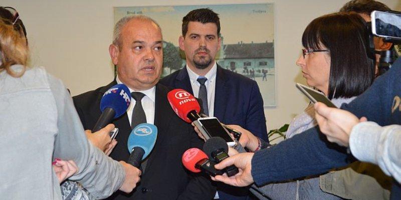 Državni tajnik Čikotić: Radi zraka u Slavonskom Brodu planiramo poboljšati kvalitetu nafte