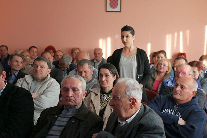 """Pitanja od strane građana MO """"Zrinski Frankopan"""" i MO """"Podvinje"""" nije nedostajalo"""