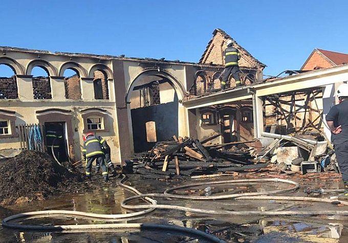 Obitelji Lukačević u požaru je stradalo cijelo imanje, svaka pomoć dobro je došla, pomozite i vi