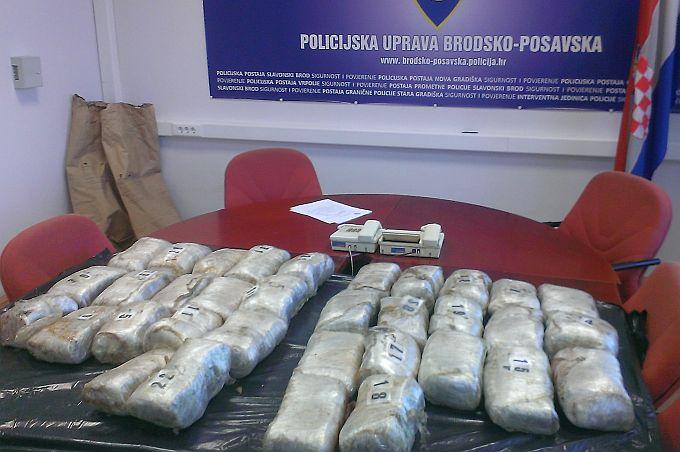 Još jedna pošiljka marihuane nije prošla, pronađeno oko 19 kilograma