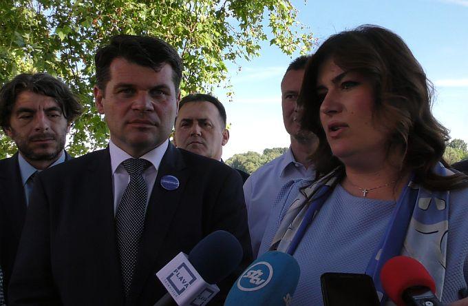 Ministrica Gabrijela Žalac danas  u Slavonskom Brodu dala podršku Hrvoju Špiceru