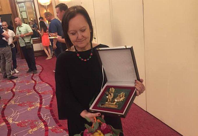 "Lenka Kirioska dobitnica je najvišeg priznanja HOK-a ""Zlatne ruke"""