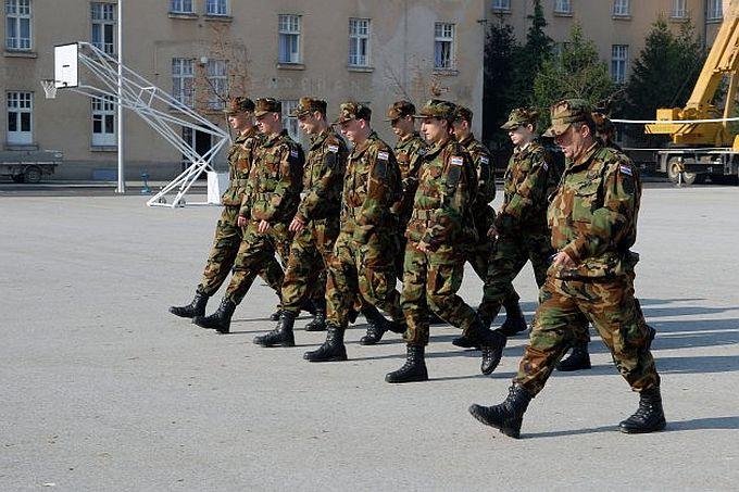 Ako želite siguran posao, MORH je objavio, u vojničku službu prima se 382 kandidata/kinja