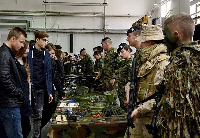 Vojni pozivi stižu vojnim obveznicima, na jesen kreću vojne vježbe