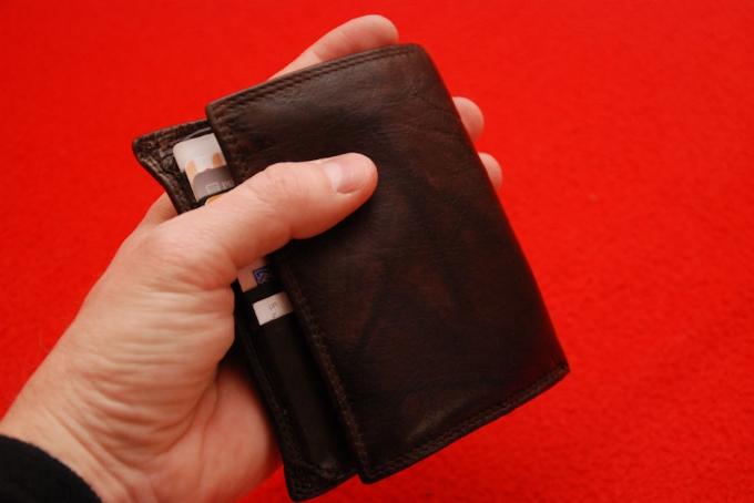 Pronašao novčanik pun kuna, koji nije vratio vlasniku