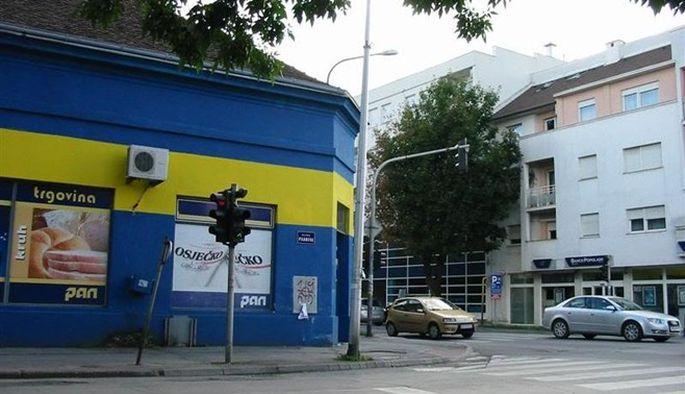 U trošarinskom skladištu u Slavonskom Brodu, 274.000 litara rakije čeka dražbu u rujnu