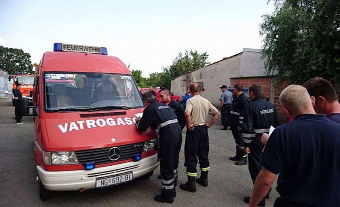 Naši vatrogasci na putu, u pomoć Benkovcu