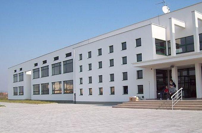 Odlučeno sinoć, maturanti Ekonomsko- birotehničke škole ipak ne putuju u Španjolsku