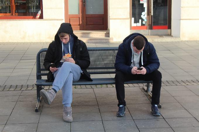 Možda ne pušite i ne pijete, ali mobitel sigurno imate, novi porez najavljuje ministar zdravstva
