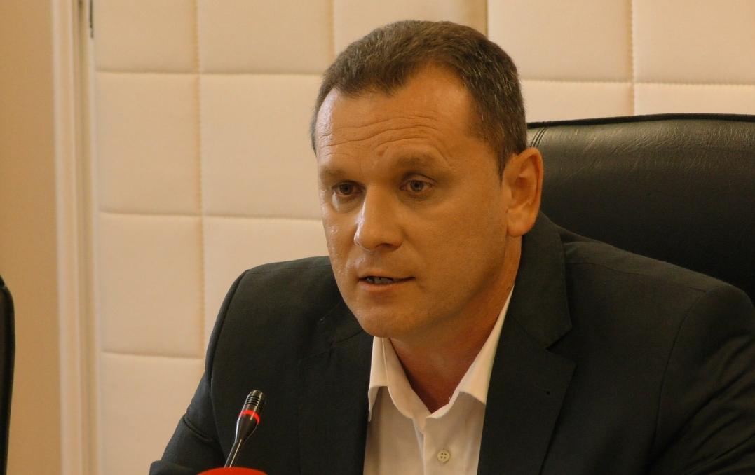 """Oglasio se Valenta i poručuje: Lokalni HDZ saziva presice i prikazuje se kao """"spasitelj"""" u borbi za čist zrak, iako to nije, umjesto da se bave svojim problemima"""