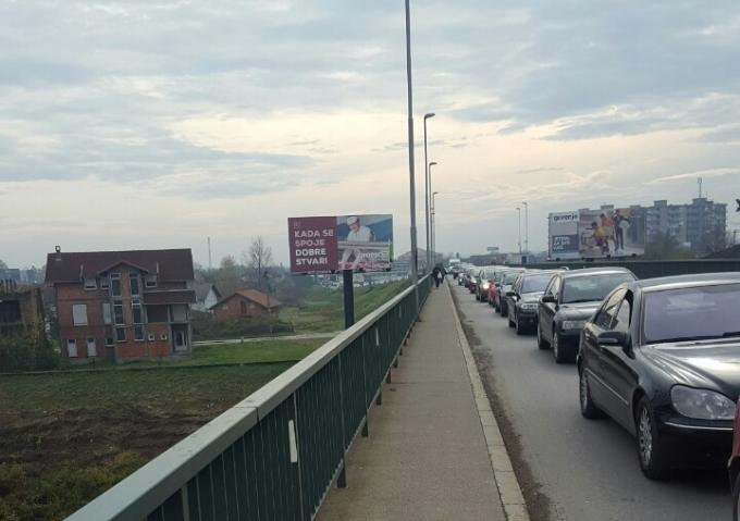Pojačan promet na graničnom prijelazu u Slavonskom Brodu, čeka se oko 30 minuta