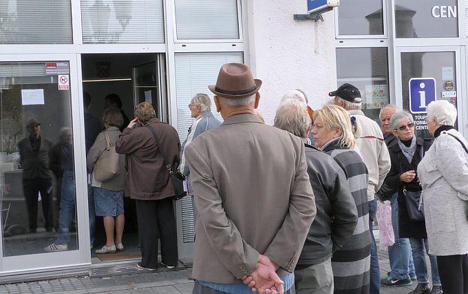 Na Gradskoj blagajni od danas možete plaćati sve račune, jeftinije je i od internet bankarstva