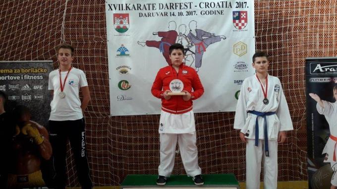 U Daruvaru je u subotu 14.10. 2017. g. održan XVII. Karate Drafest, braća Birač osvojila prva mjesta