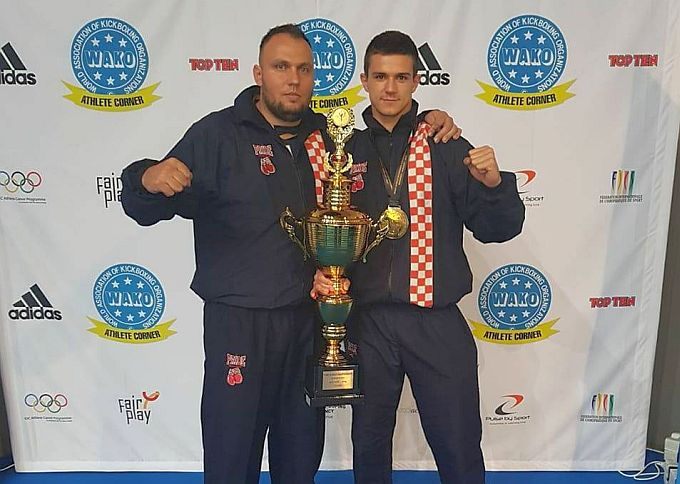 Brođani dobili kickboxing prvaka svijeta, Matej Lebo na tronu