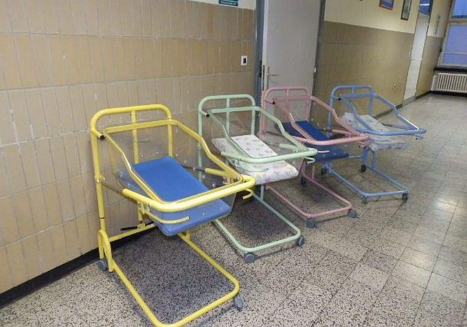 """""""Svaka beba krevet treba"""", Rotaract club Slavonski Brod u još jednoj akciji opremanja brodskog rodilišta"""