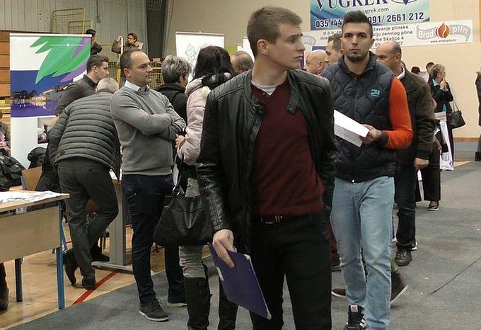 Sajam poslova u Slavonskom Brodu do sada okupio najveći broj poslodavaca, ali i nezaposlenih