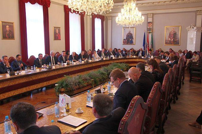 Sjednica Savjeta za Slavoniju i Baranju zakazana za sutra u Slavonskom Brodu