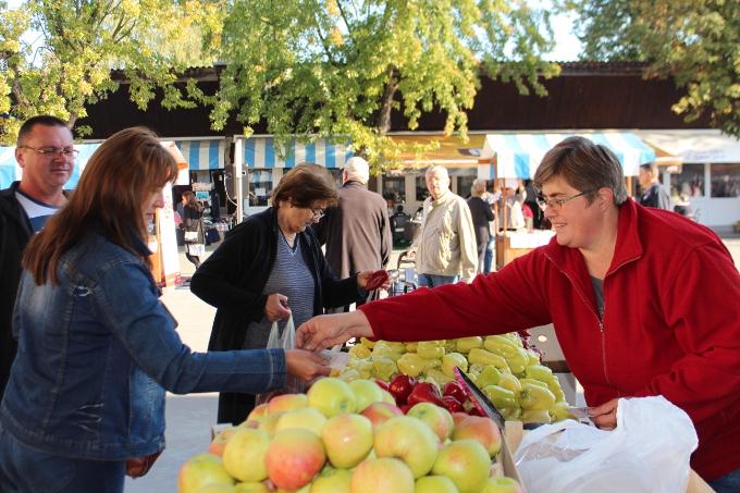 Od svih građana EU Hrvati za hranu daju najviše iz budžeta
