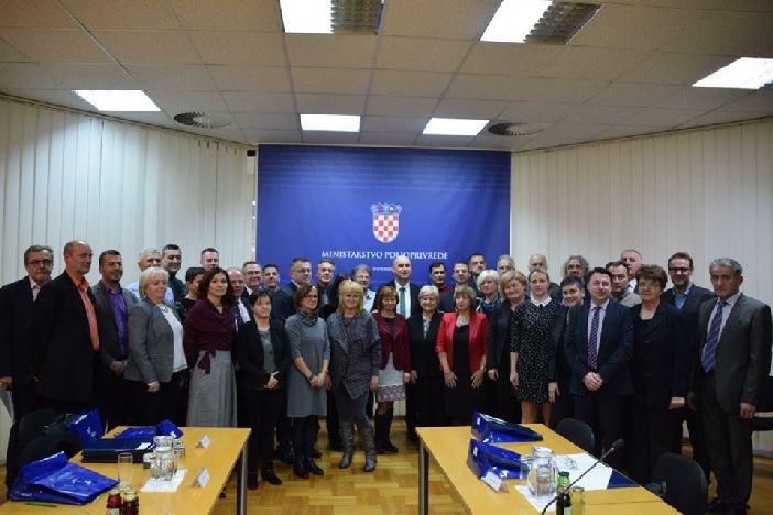 Poljoprivrednoj školi u Slavonskom Brodu dodijeljeno 465 tisuća kuna bespovratnih sredstava