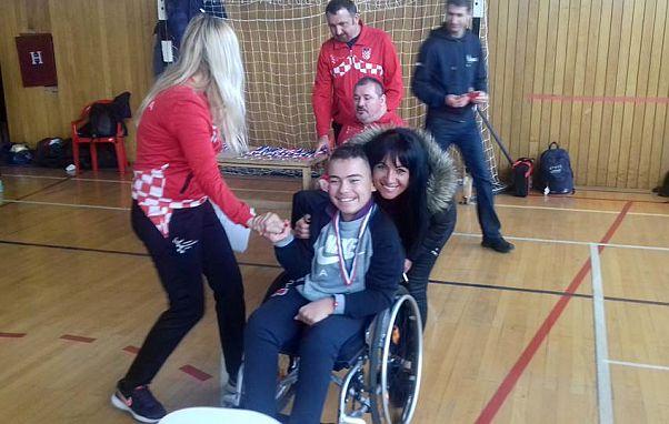 Roberto Gere  na Božićnom turniru u Zagrebu osvojio svoju prvu medalju, bronca ovaj puta ima sjaj zlata