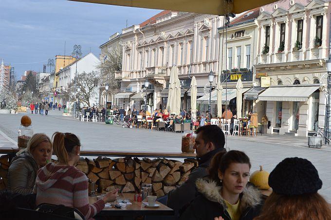 U Slavonskom Brodu proljetna temperatura, tako će biti i u nedjelju, prilika za šetnju i gušteranje na suncu