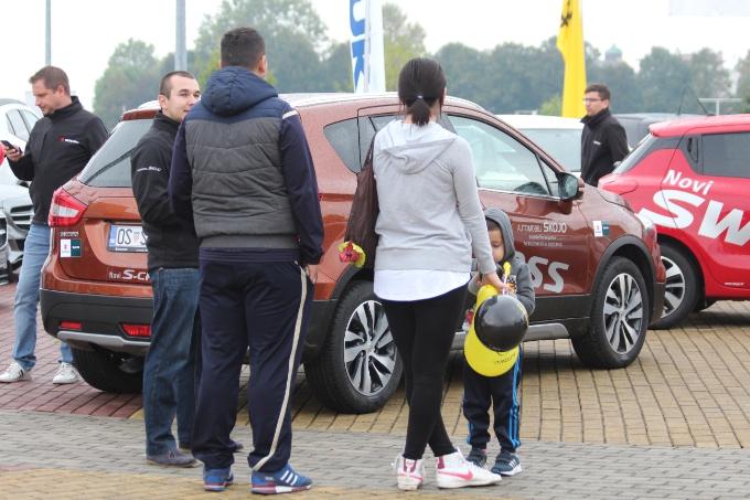 Vlada najavila pojeftinjenje automobila, pa propustila donijeti propis koji bi to omogućio