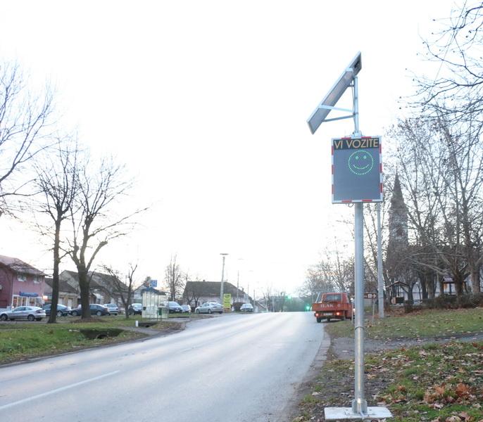 Na 17 opasnih prometnih mjesta u gradu biti će postavljeni LED markeri i novi semafori s mjeračem brzine