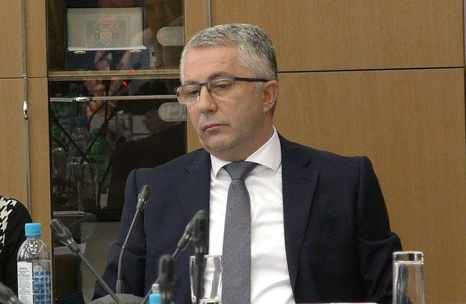 Pero Ćosić kaže da gradonačelnik vrijeđa i kleveće, a njegovo otvoreno pismo komentira kao poziv upomoć