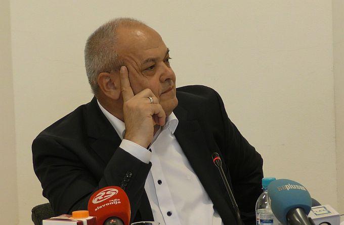 Sigurnost prometovanja buduće avenije u Svačićevoj je upitna, čini se vijećnici Dizdar- Grgurević, gradonačelniku Duspari se čini da nije
