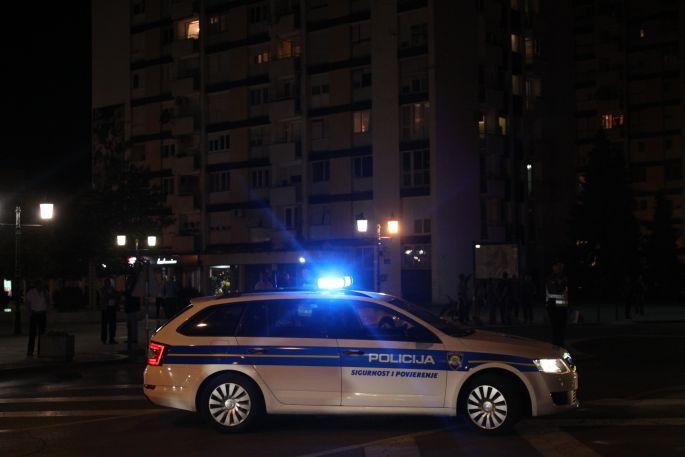 39-godišnjak pijan izazvao prometnu nesreću pa vrijeđao policajce