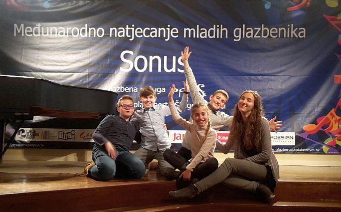 Prvi natjecatelji iz Slavonskog Broda već su se vratili sa zapaženim rezultatima, solfeggio kao natjecateljska disciplina