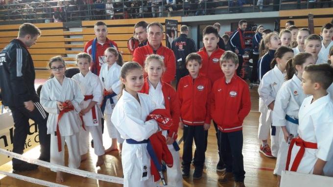30. Kup mladosti u Ivanić Gradu: Članovi Karate kluba Slavonski Brod Dora Has i Luka Birač osvojili  zlatne medalje