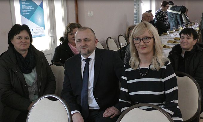 U Slavonskom Šamcu dvanaest žena brinut će o starijim žiteljima koji žive sami u kućanstvima