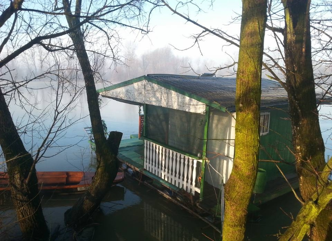 Sunčano jutro, 5 je stupnjeva u Slavonskom Brodu
