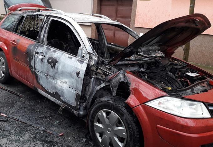 Policija dovršila očevid u svezi zapaljenog automobila