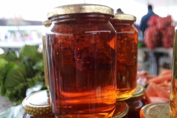 80 posto trgovine medom u Hrvatskoj se odvija na sivom tržištu, odnosno ne znamo gdje odlazi 8400 tona