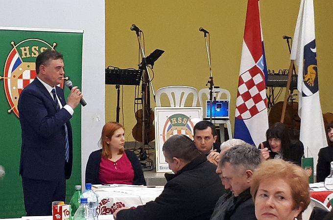 HSS-ovci još jednom potvrdili Vlaovića za predsjednika, on poručuje: Vratimo politiku građanima