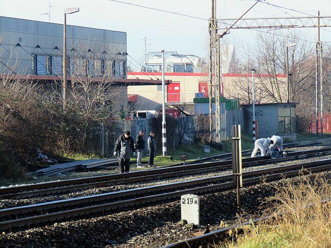 U naletu vlaka u Slavonskom Brodu smrtno stradala osoba