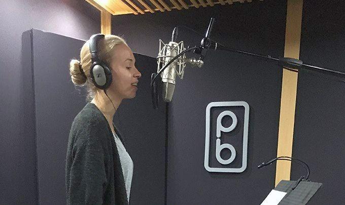 """U brodskom studiju """"Picaboca"""" svoj prvi samostalni album snima mlada splitska pjevačica Nera Šulentić"""